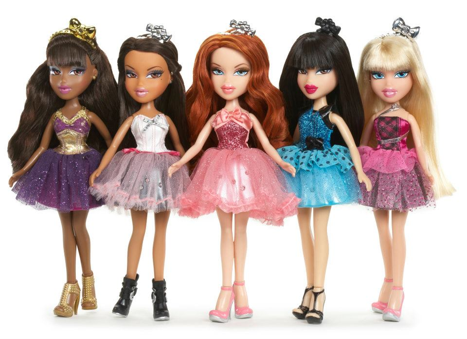 Giveaway bratz and moxie girlz ended dandy giveaway Bratz fashion look and style doll
